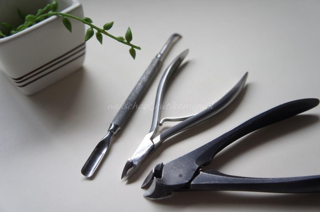 ネイルの道具 ニッパー・プッシャー